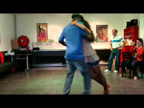Cours Intermédiaire Kizomba Manon & Abdou St Cyprien. Musique I just want master