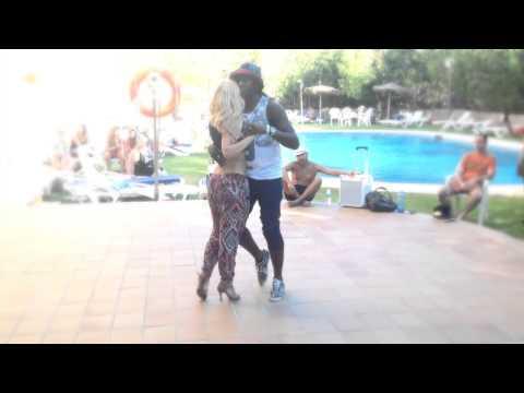 Enah & Carolina improvisation in Sevilla